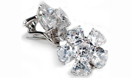 Betty Grable Jewelry : Diamond Flowers Earrings
